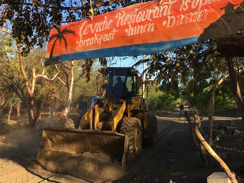 RoadWork Loader ATCevichesSign Feb1 2017 Medium